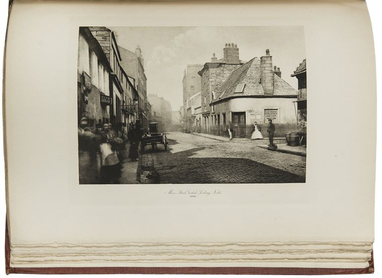 The Old Closes & Streets of Glasgow ... With an Introduction by William Young. Thomas ANNAN.